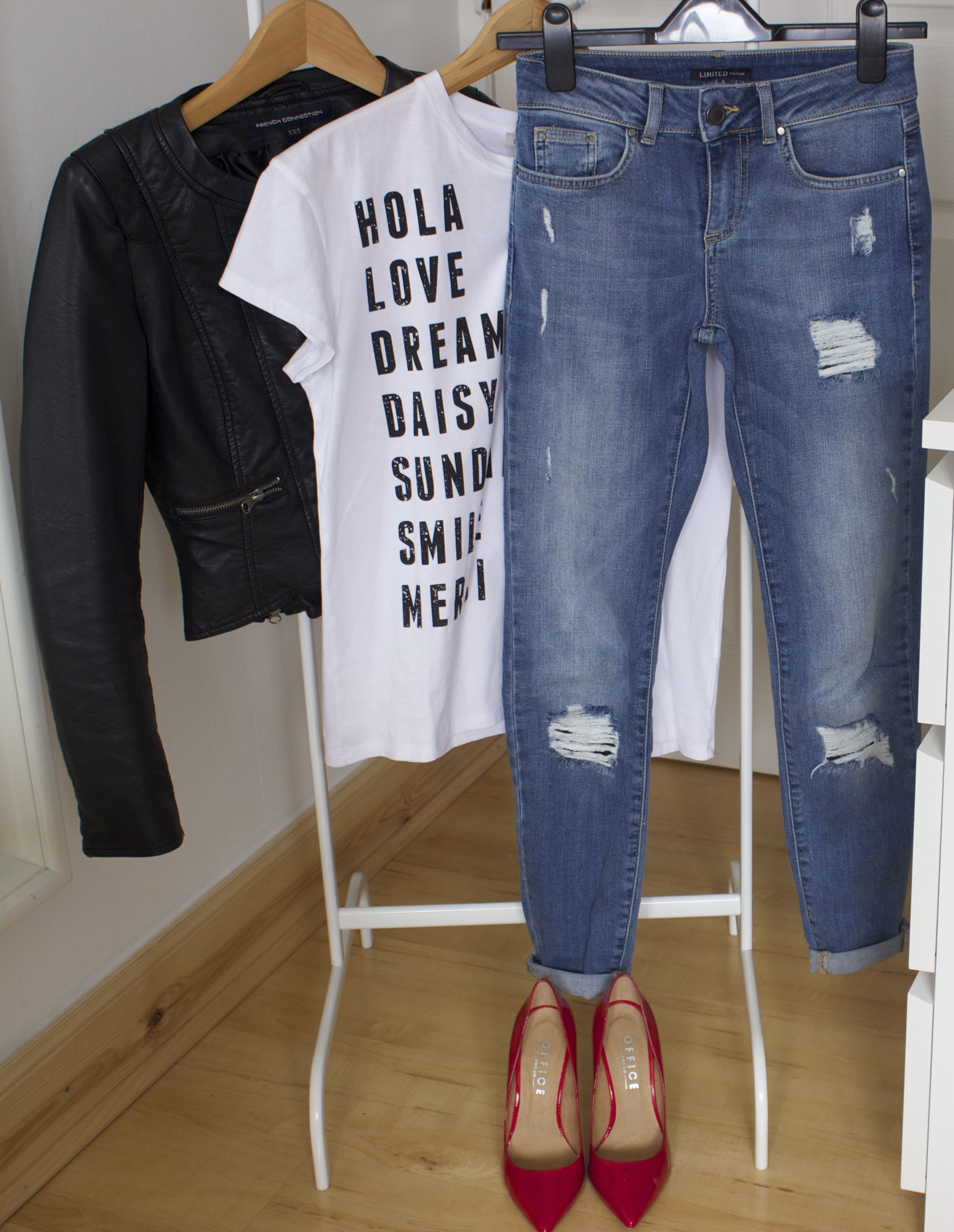 bf4ce3af0b Wardrobe Essentials Part 2 – Petite Paulina